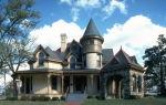 Замковый фасад для современного дома