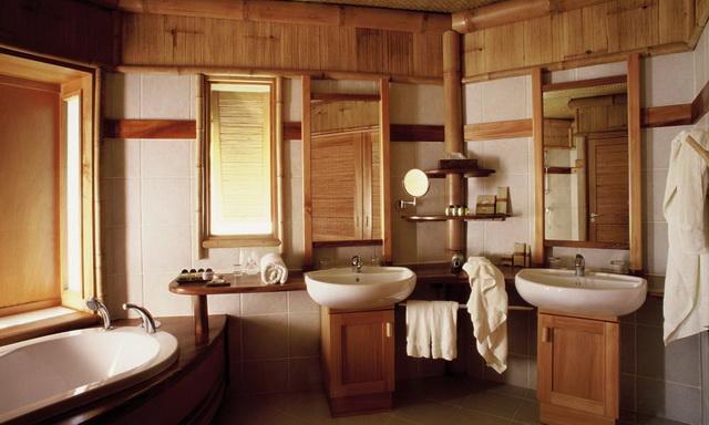 Дизайн ванной в деревянном доме А
