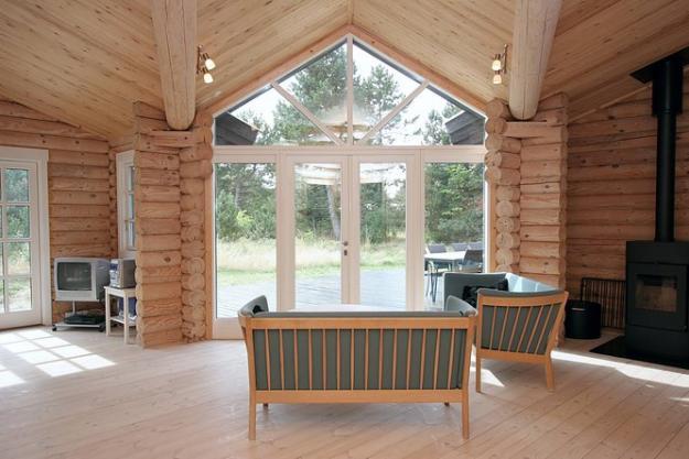 Интерьер дома из оцилиндрованного бревна - смотрим варианты 6