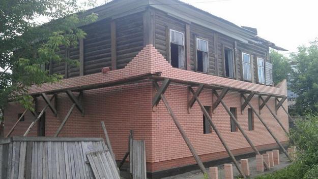Чем облицевать деревянный дом снаружи 5