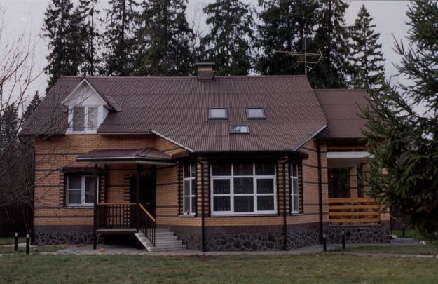 Чем облицевать деревянный дом снаружи 8