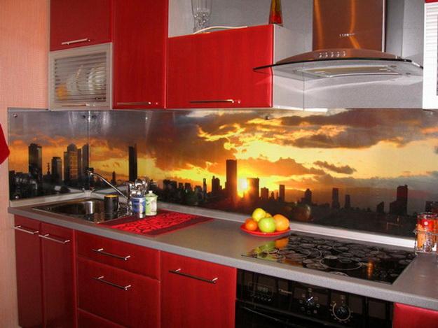 Дизайн стеклянных стеновых панелей для кухни 1
