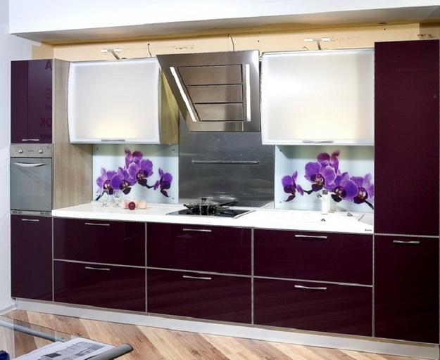 Дизайн стеклянных стеновых панелей для кухни 6