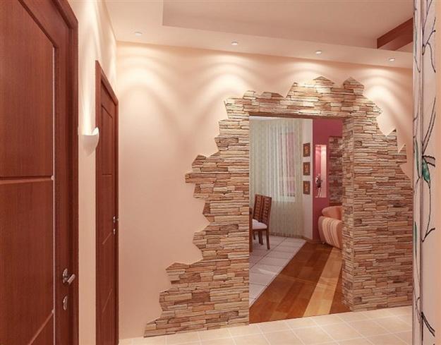 Отделка декоративным камнем коридора и прихожей 6