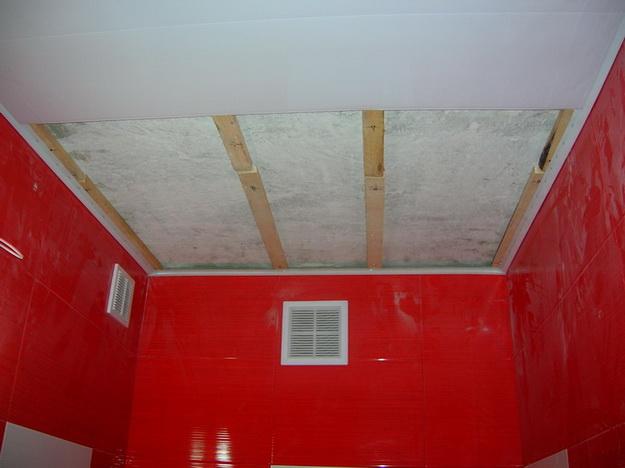 Пошаговый монтаж ПВХ панелей в ванной 3