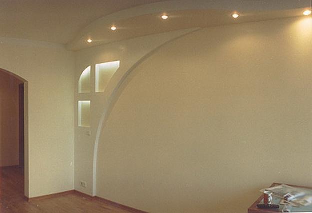 Правильная отделка стен гипсокартонном без каркаса и профиля 4