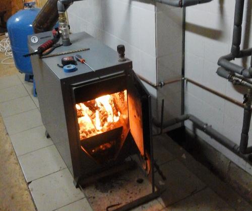 дрова брикеты твердотопливный котел 1