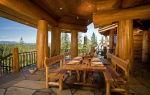 Шикарная терраса в деревянном доме