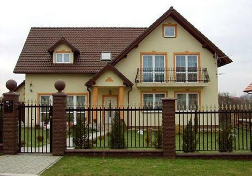 dom-fasad