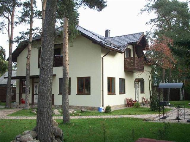 Если есть дом и имущество, то нужно обязательно его охранять.