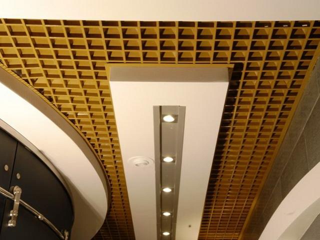 Красивый потолок 1