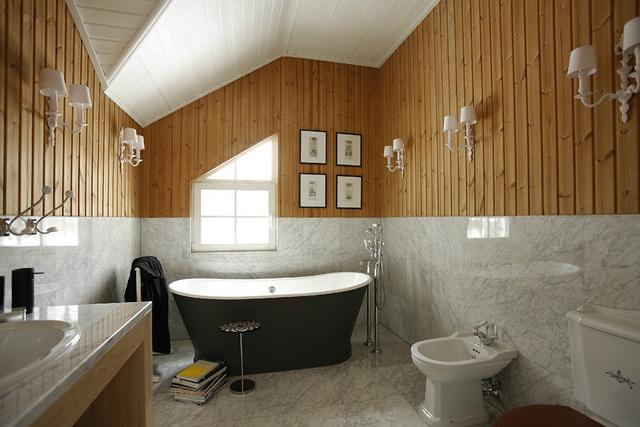 Дизайн ванной в деревянном доме 1