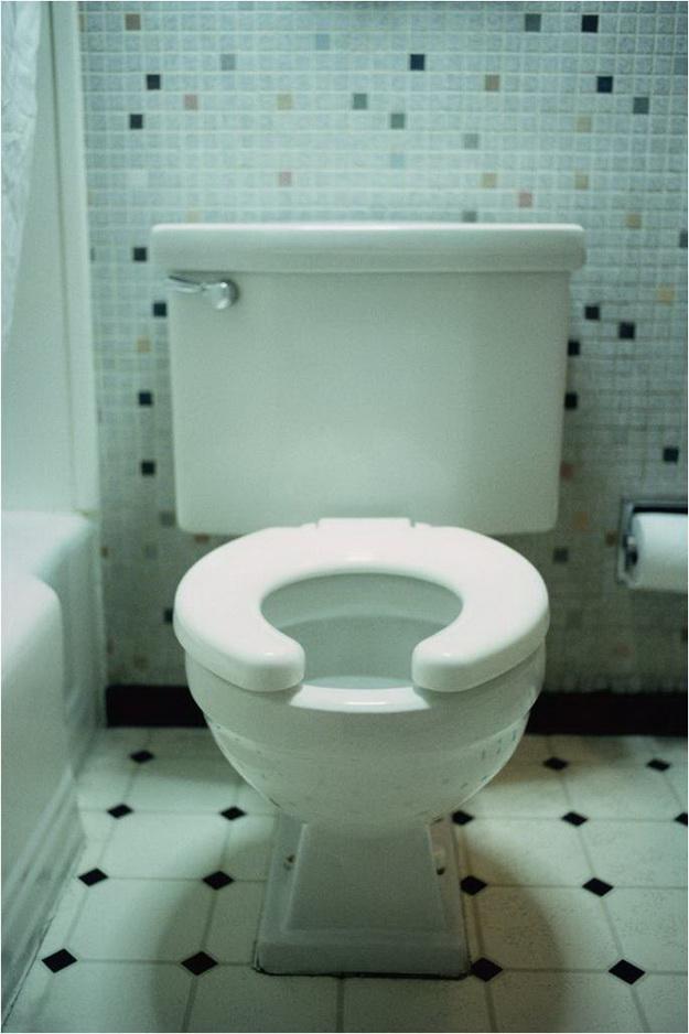 Интерьер маленького туалета фото 5