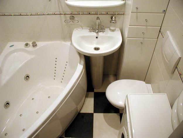Интерьер маленькой ванной комнаты фото А