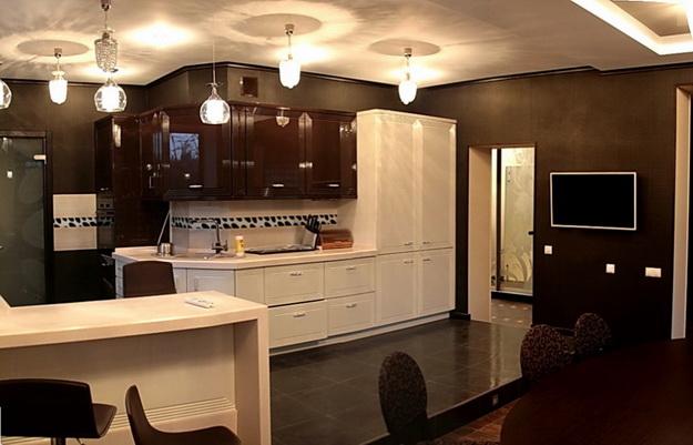 Дизайн гостиных, совмещенных с кухней, в частных домах 1