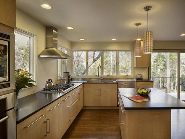 Дизайн гостиных, совмещенных с кухней, в частных домах 4