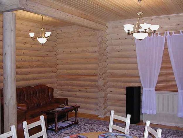 Интерьер дома из оцилиндрованного бревна - смотрим варианты 3