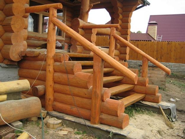 Крыльцо деревянного дома - фотогалерея разных вариантов 2