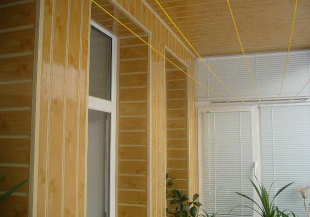 Вагонка ПВХ для внутренних работ в дизайне современной квартиры 7