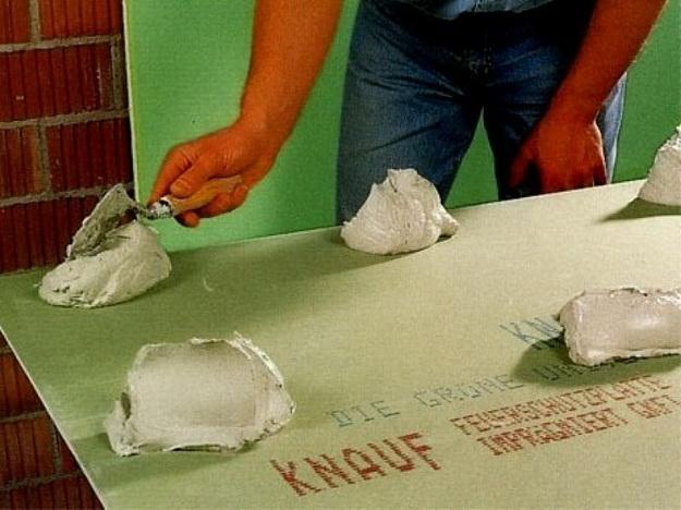 Гипсокартон на стены без каркаса - пошаговый монтаж, обшивка стен и выравнивание 4